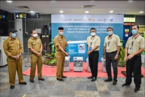 Serah Terima Oksigen Konsentrat HOPE Medical Service Singapore dengan Pemerintah Kabupaten Bintan